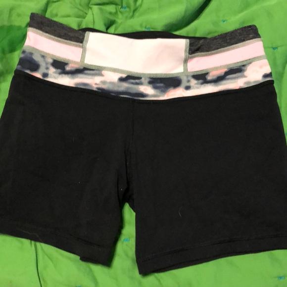 lululemon athletica Pants - Lululemon bike shorts